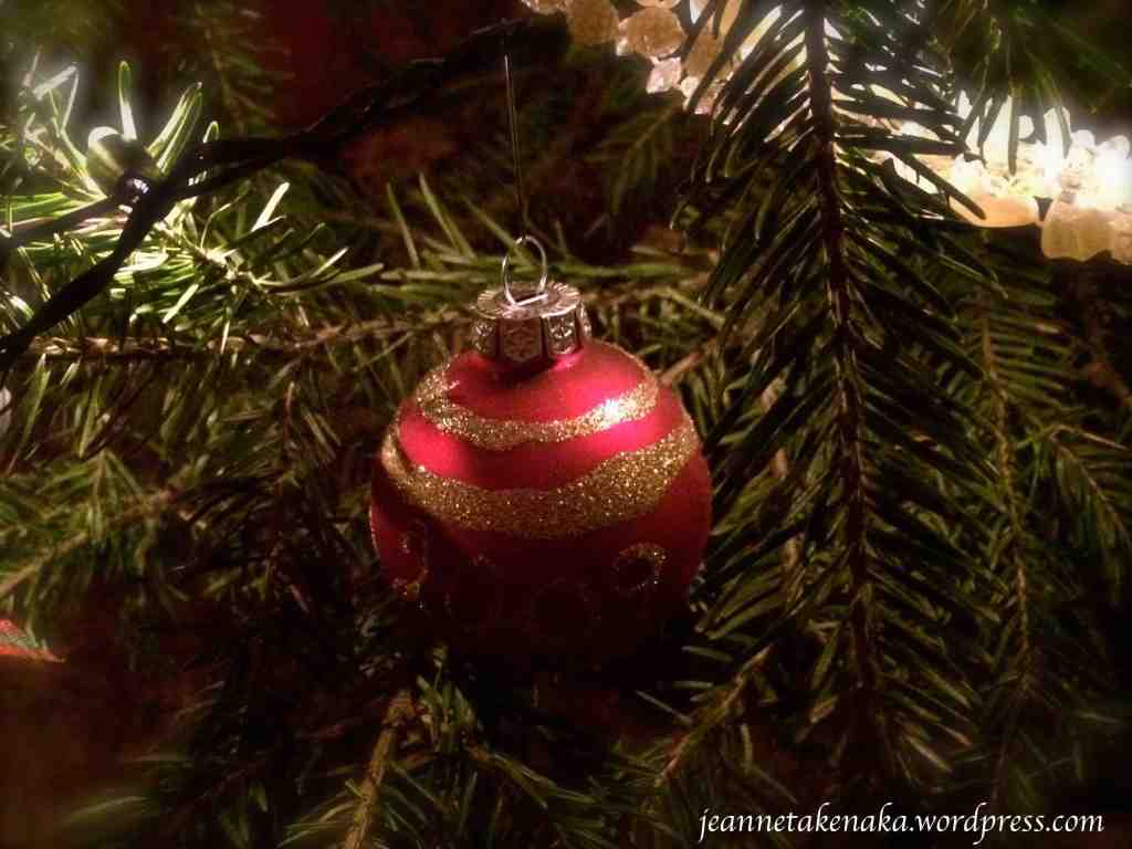 red-ornament