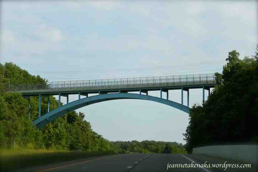 a bridge in Ohio crossing an interstate